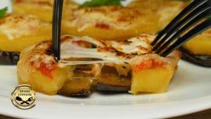 Μελιτζάνες και πατάτες φούρνου, σαν πιτσάκια